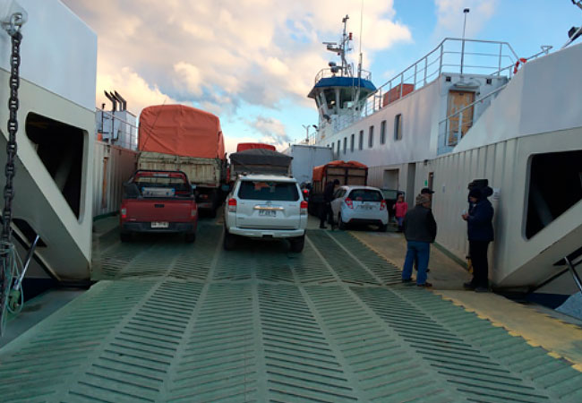 Ferry-rumbo-a-Chile-Chico