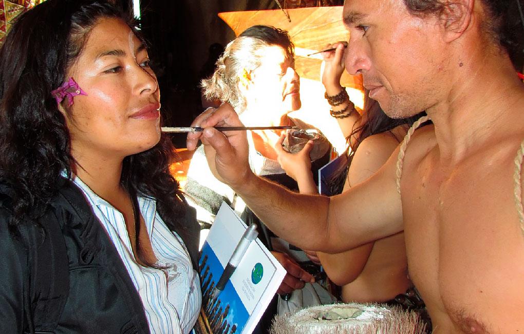 Pintura-de-cuerpos-en-Rapa-Nui